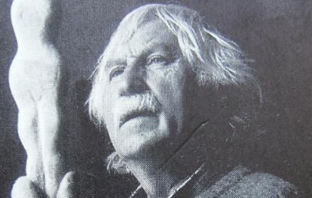 Die Stadt Wemding hat zu Ehren des verstorbenen Künstlers Ernst Steinacker 1919 - 2008) und anlässlich seines 100. Geburtstages die Umbenennung der Jahnstrasse in die Ernst Steinacker - Strasse beschlossen.